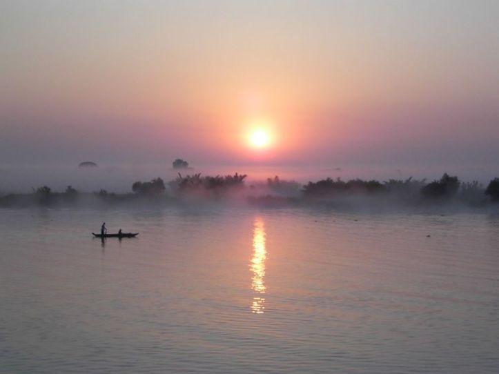 Lever de soleil sur l'Irrawaddy