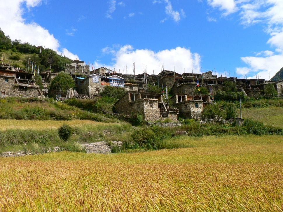 Vue sur un village tibétain