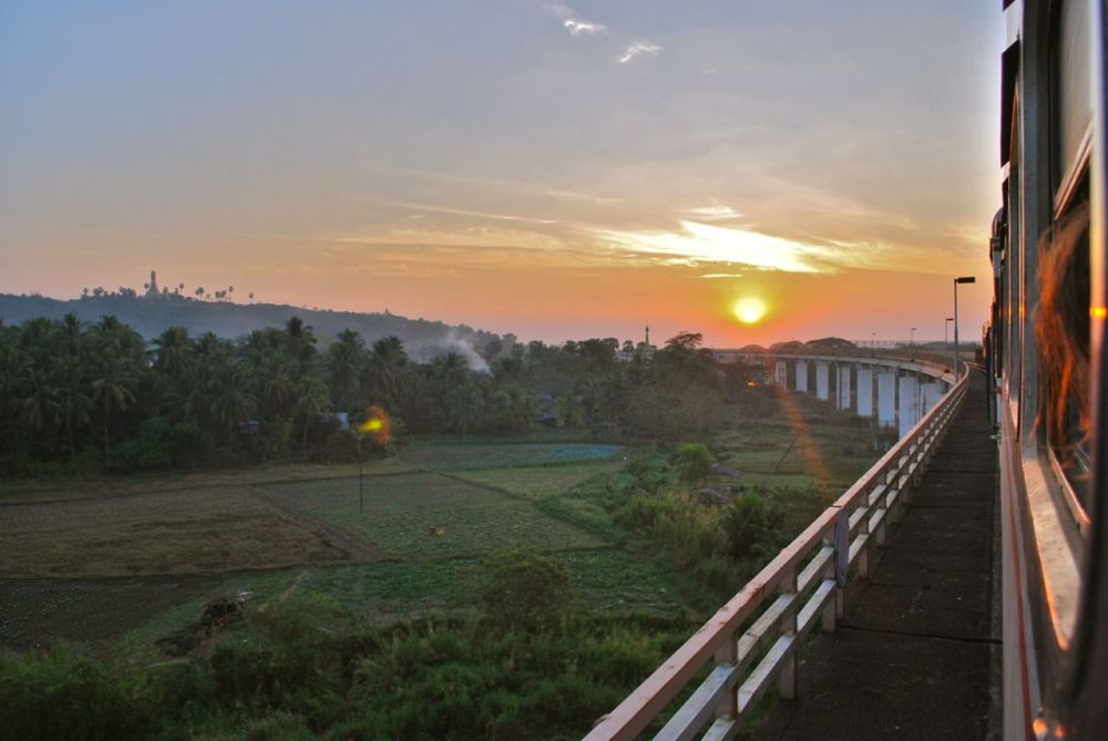 Train Birmanie