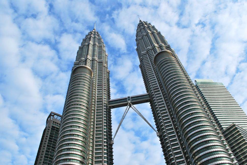 Les tours Petronas, symboles d'une Malaisie à l'économie forte.