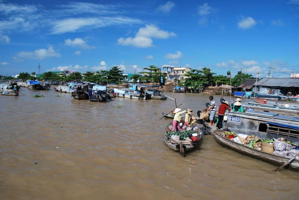 Marché flottant de Cai Rang, delta du Mékong